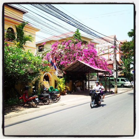 The Villa Siem Reap: View of the building across from the Villa