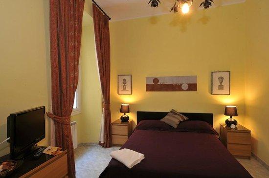 Room 4 Rome: camera quadrupla