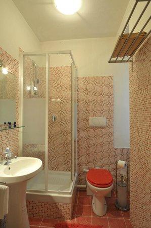 Room 4 Rome: bagno