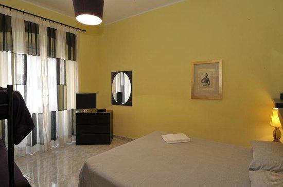Room 4 Rome : camera quadrupla