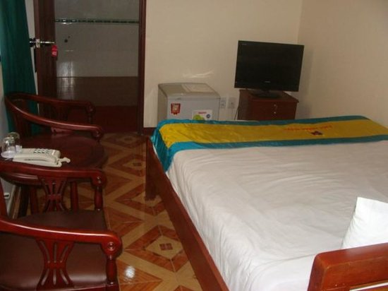 Phuc Khanh Hotel : Standard Double