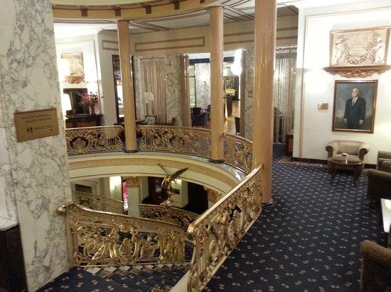 Hotel Avenida Palace: hotel lobby