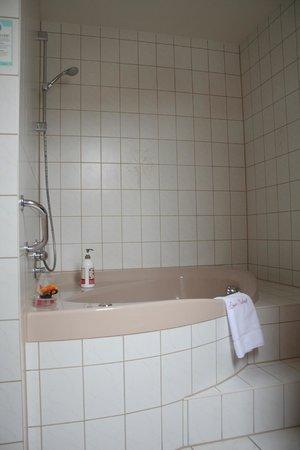 Hotel und Restaurant Lamm in Hebsack: Dusche/Badewanne