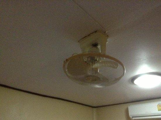Diamond Sand Palace Resort: ventilatore KO