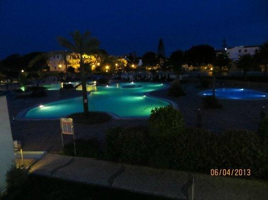 Alfagar Aldeamento Turistico: Zwembad aan Alfagar 2