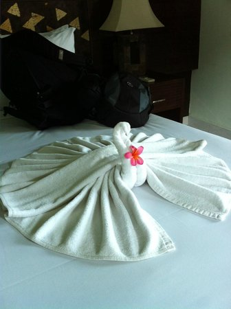 Kertiyasa Bungalow: Towels