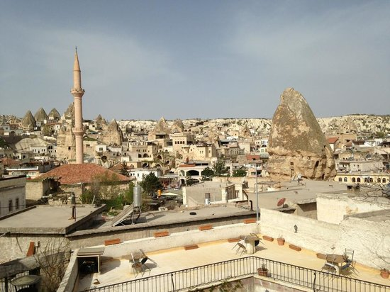Caravanserai Cave Hotel: View from the rooftop terrace at breakfast