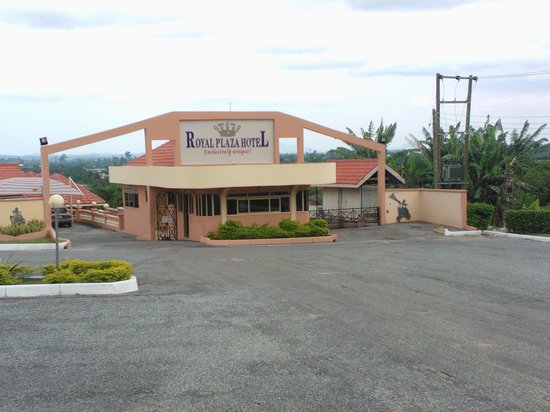 Koforidua, Gana: Entrance