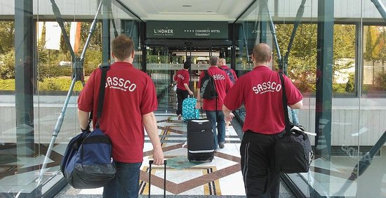 Lindner Congress Hotel: The Sassco.co.uk team arriving in the hotel.