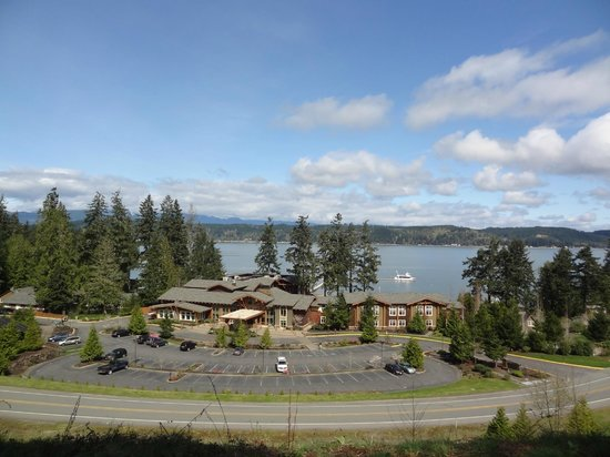 Alderbrook Resort & Spa: Beautiful view from the top of the hiking trail.