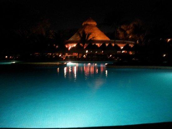 Iberostar Tucan Hotel: Piletas