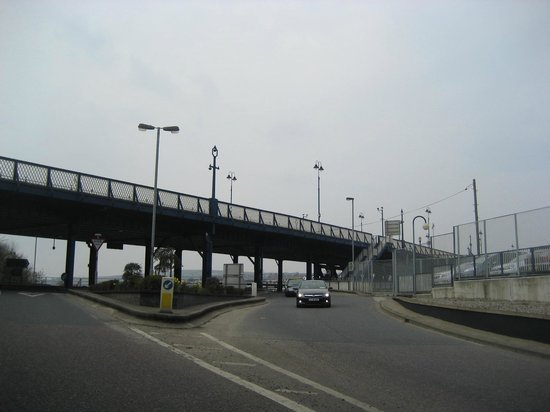 Craigavon Bridge: Approaching Lower Deck, from Waterside