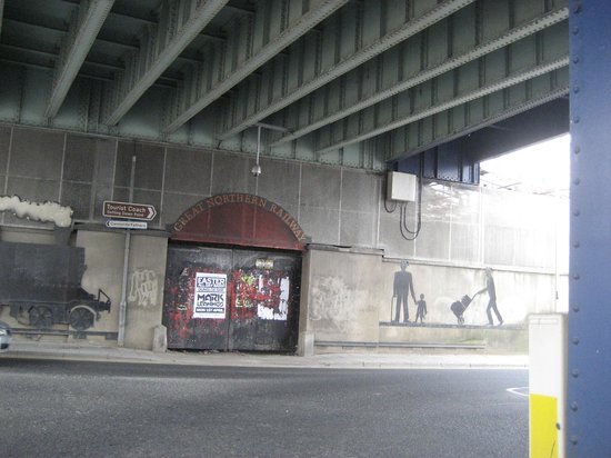 Craigavon Bridge: Railway Mural