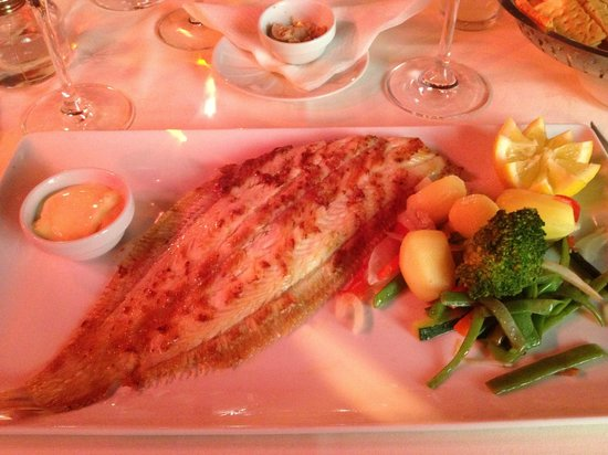 Los Bandidos : Grilled Dover Sole with mixed vegetables