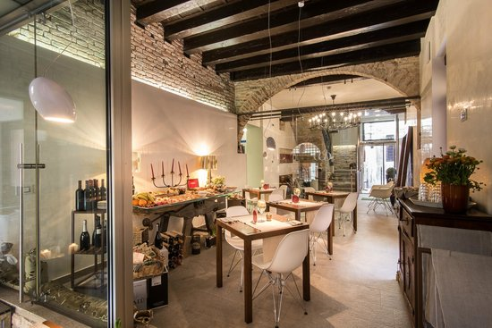Corte Di Gabriela: breakfast room