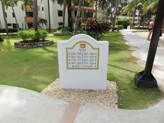 Viva Wyndham Dominicus Beach: Cartel indicador