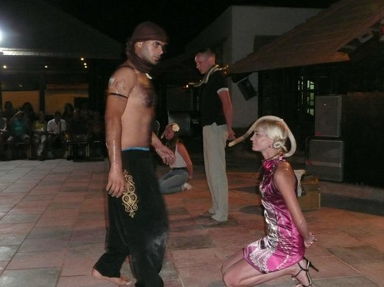 Taba Hotel and Nelson Village: Шоу со змеями