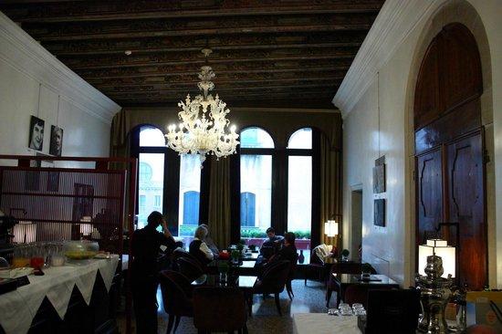 Ca' Gottardi: Main Lobby/Sunday Breakfast