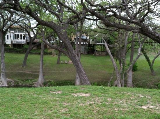 Meyer Bed and Breakfast on Cypress Creek: Looking at back of the inn across Cypress Creek