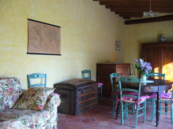 Villa Il Paradisino: Melograno living room