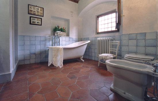 Villa Il Paradisino: Giuggiolo bathroom