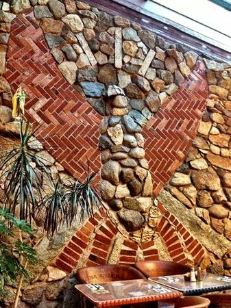 Stone wall art picture of bertha miranda 39 s mexican for Stone wall art