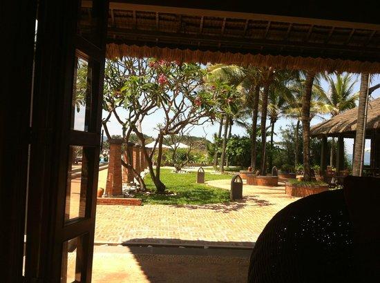 AVANI Quy Nhon Resort & Spa: Blick aus der Lobby