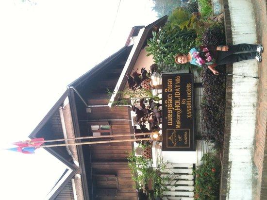 Mekong Holiday Villa by Xandria : Superb location