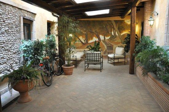 Hotel Residenza San Calisto: Zona común