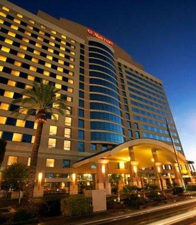Las Vegas Marriott: Front View
