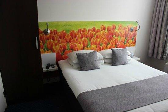 Ibis Styles Amsterdam City: Bed