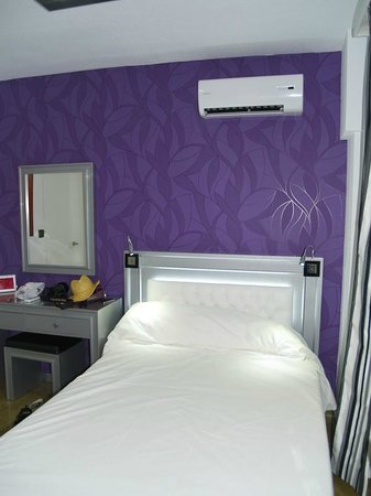 Hotel Molinos: hotel room