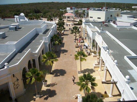 Plaza La Estrella : la place publique vue de la tour