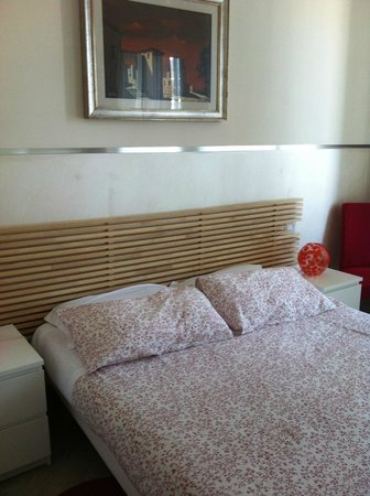 Agli Horti Sallustiani - bed & breakfast: quarto