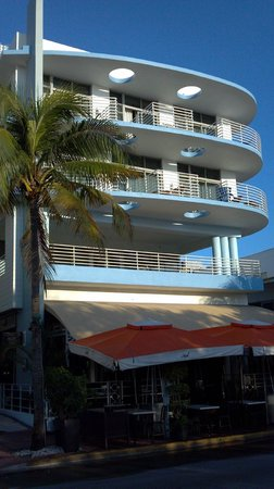 Suites at Congress Ocean Drive: 1st part of the hotel