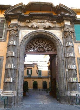 Palazzo Pignatelli di Monteleone