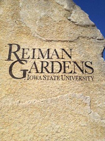Reiman Gardens: entrance sign