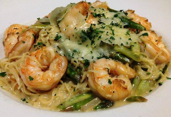 Giovanni's Restaurant & Convention Center: Garlic Shrimp Pasta