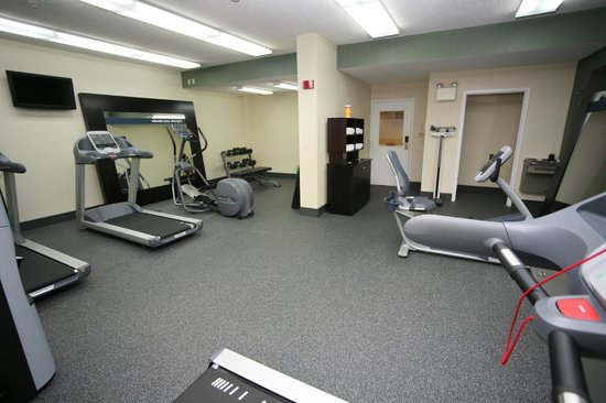 Hampton Inn & Suites Orlando/East UCF Area: Modern Fitness Center