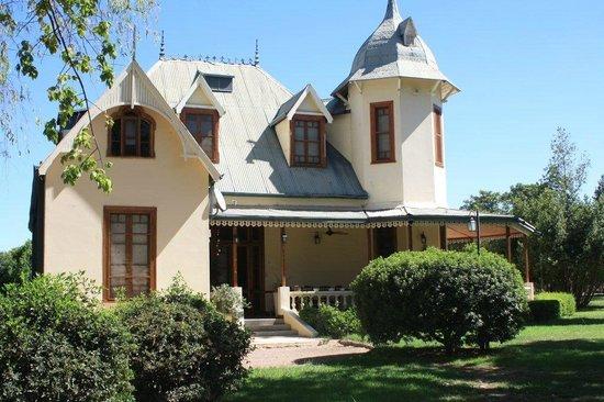 Villa Victoria Lodge: house