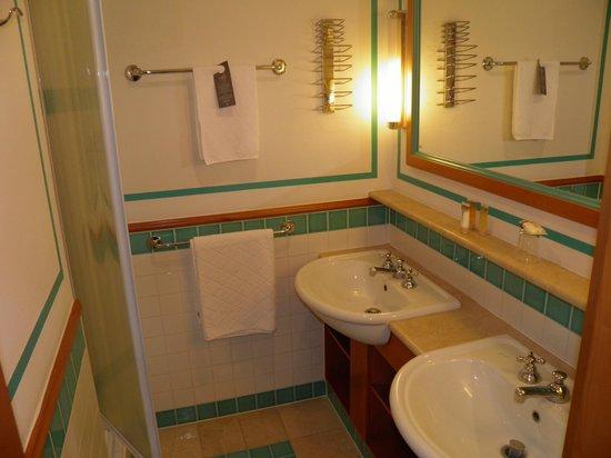 Club Med Saint Moritz Roi Soleil: Salle d'eau