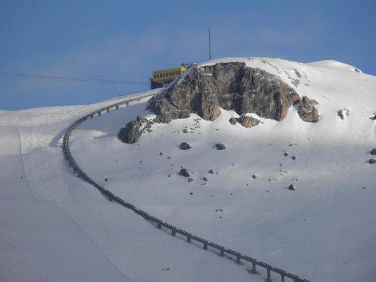 Club Med Saint Moritz Roi Soleil: vue des sommets