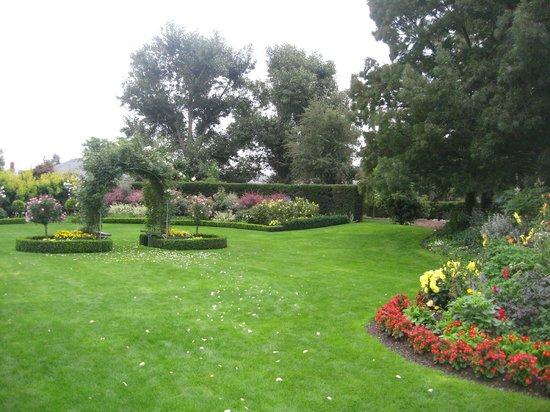 Hotel Ashburton : The hotel grounds