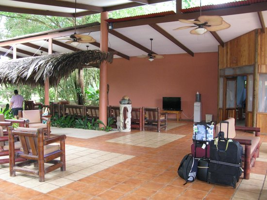 Pacific Trade Winds Day Tours: Turtle Beach Lodge, Tortuguero