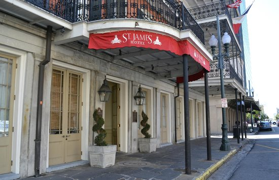St. James Hotel, an Ascend Hotel Collection Member : Hotel entrance
