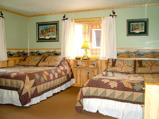 Glacier Haven Inn: Mule Deer Room