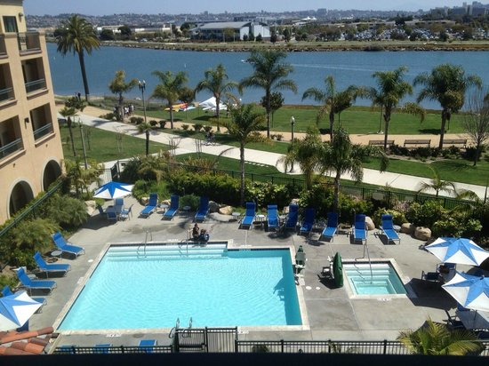 Courtyard San Diego Airport/Liberty Station: Room view 1
