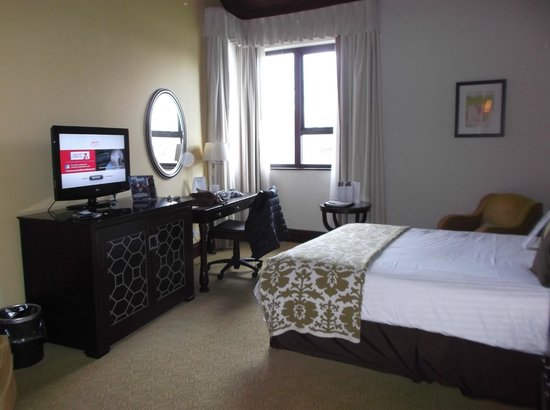 St Pierre Marriott Hotel & Country Club: our standard room.
