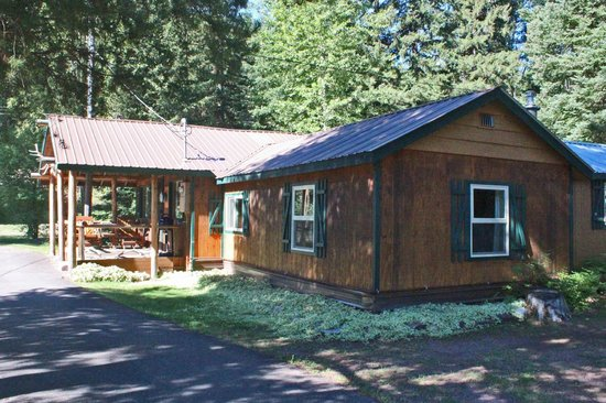 Glacier Haven Inn: 2 or 3 Bedroom Cabin
