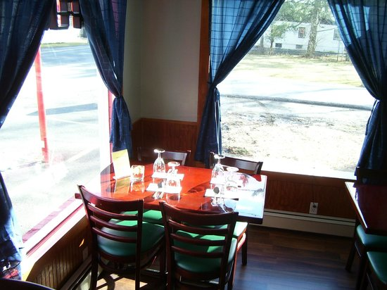 Sri Siam: The corner table in the afternoon